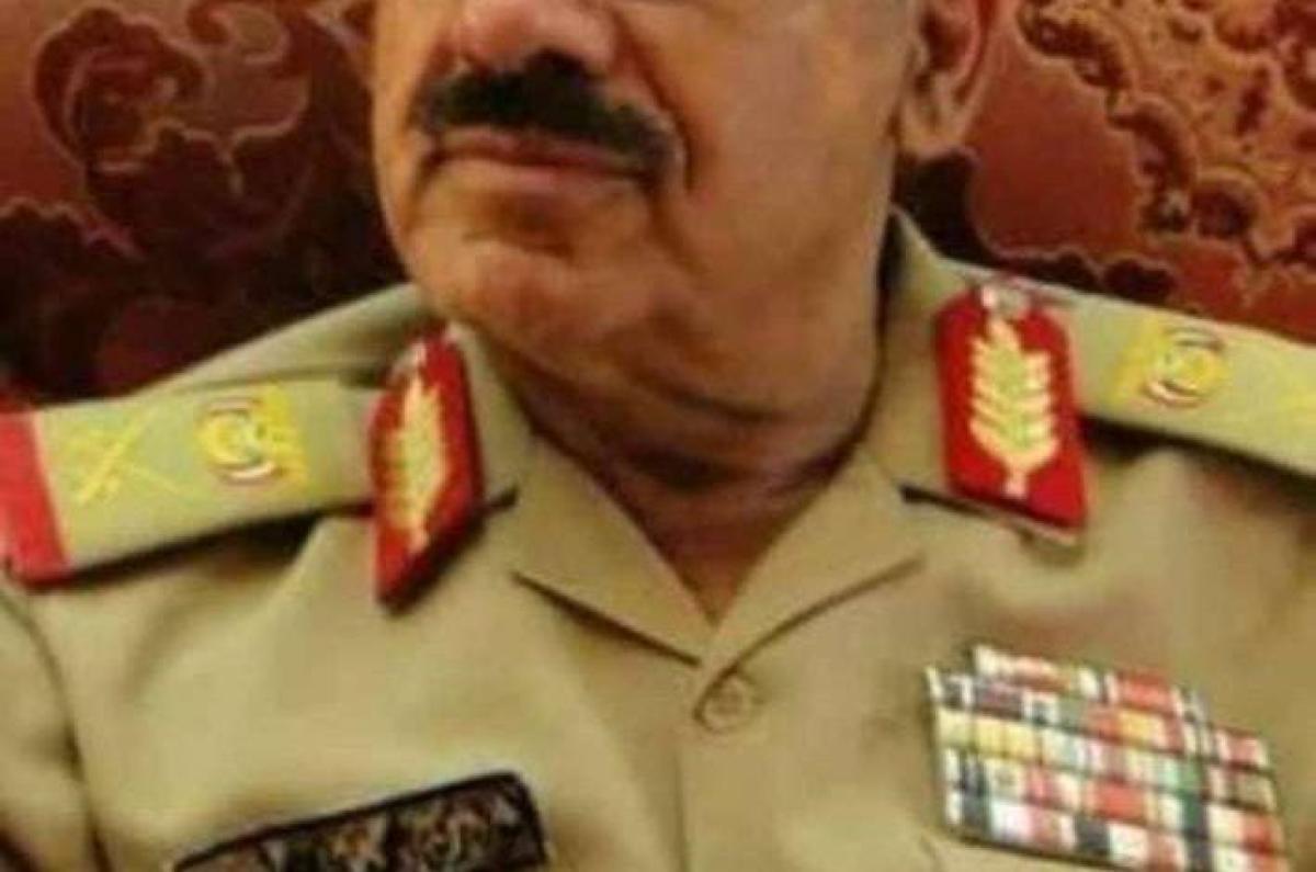 الدكتور العبادي يعزي في وفاة الوالد المناضل محمد راجح لبوزة