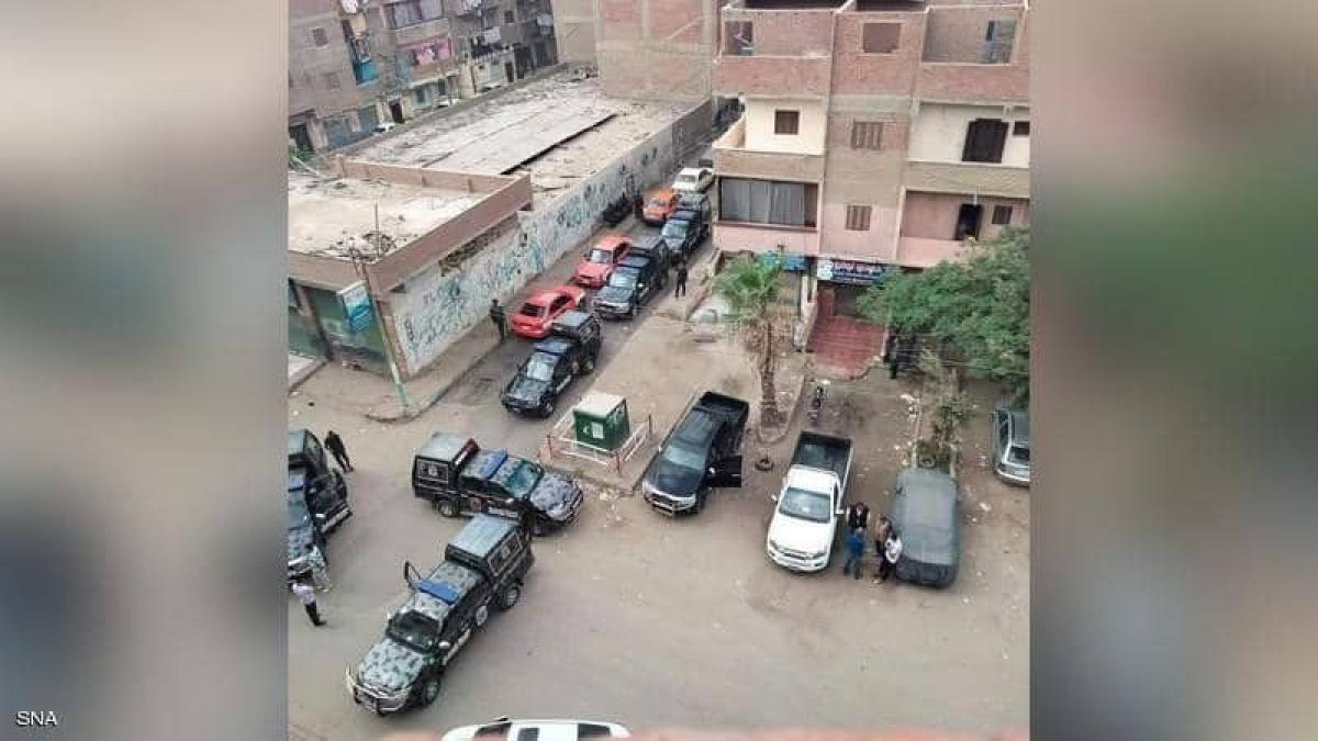 مصر.. تفاصيل مقتل ضابطين وإصابة اثنين آخرين في الاشتباكات بمدينة