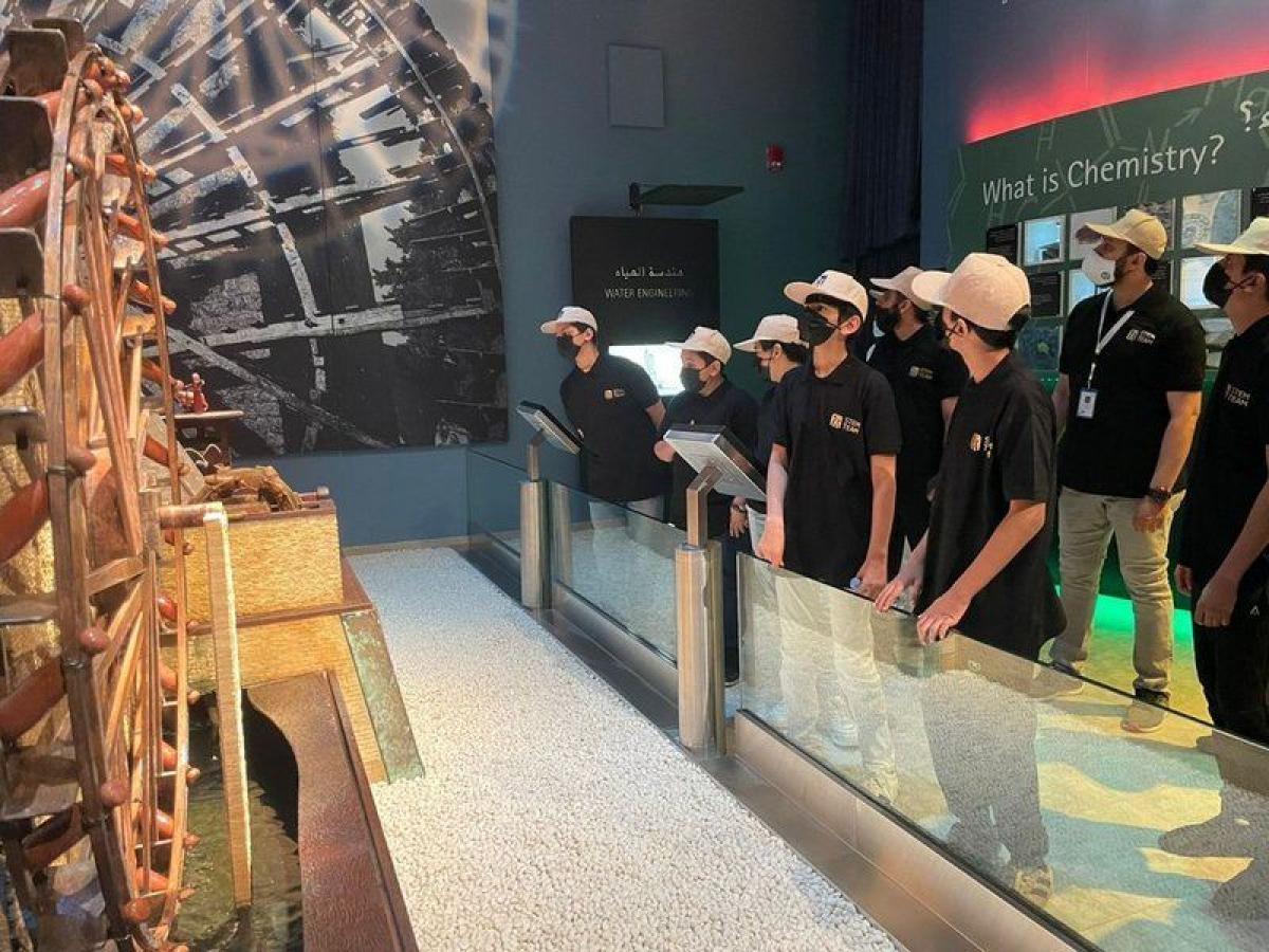 """""""أيتام جدة"""" في رحلة استكشافية لمرافق جامعة """"KAUST""""ومتحفها"""