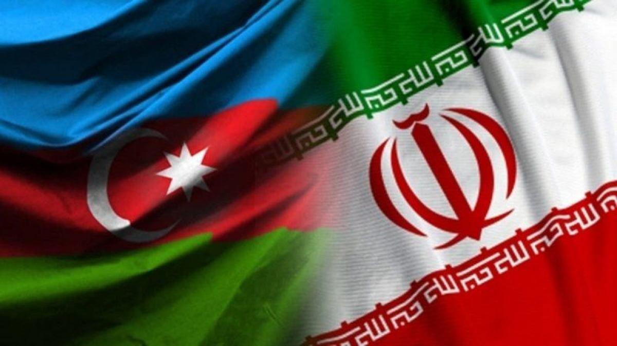 """اشتعال الأزمة بين إيران وأذربيجان.. باكو تغلق مكتب ممثلية """"خامنئي"""