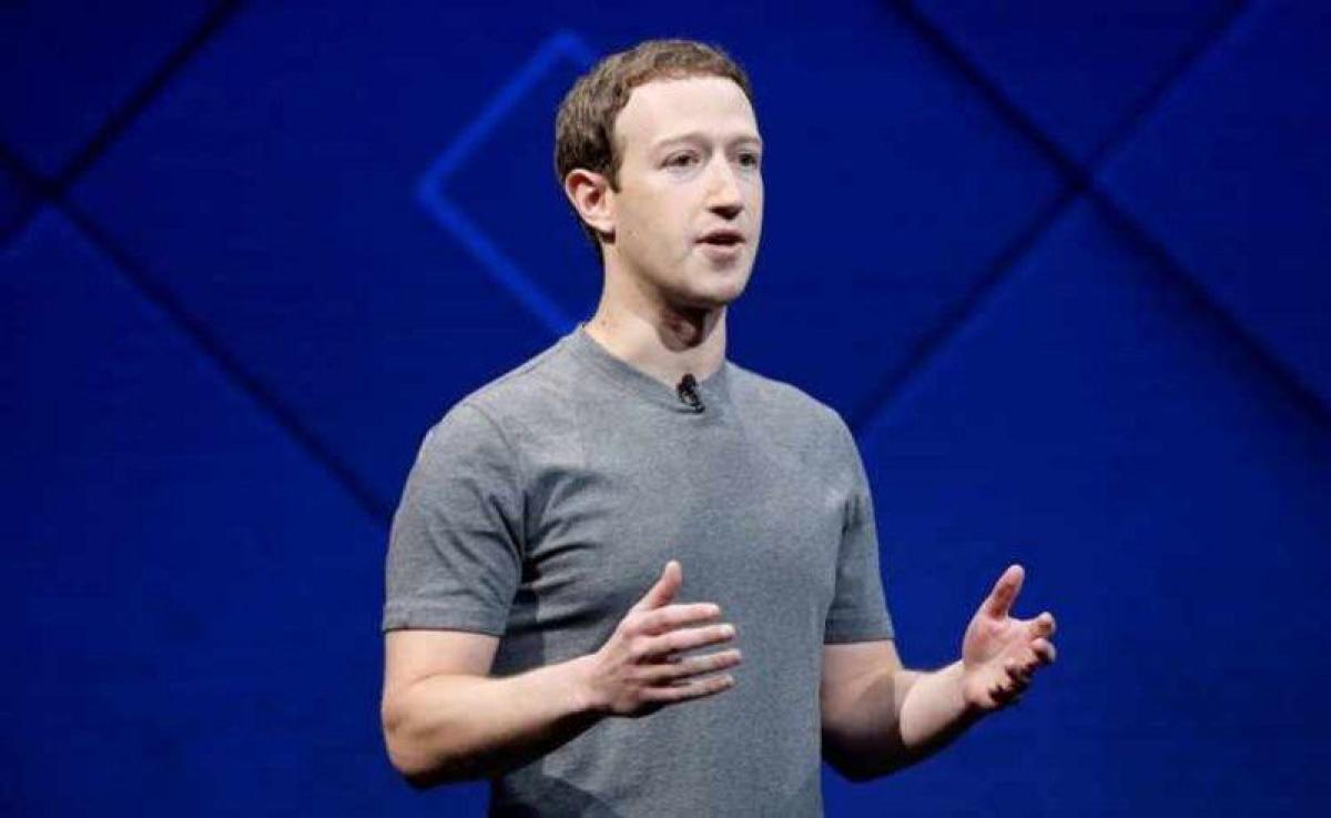 أول بيان من فيسبوك ومؤسسها بعد عودة التطبيقات للعمل