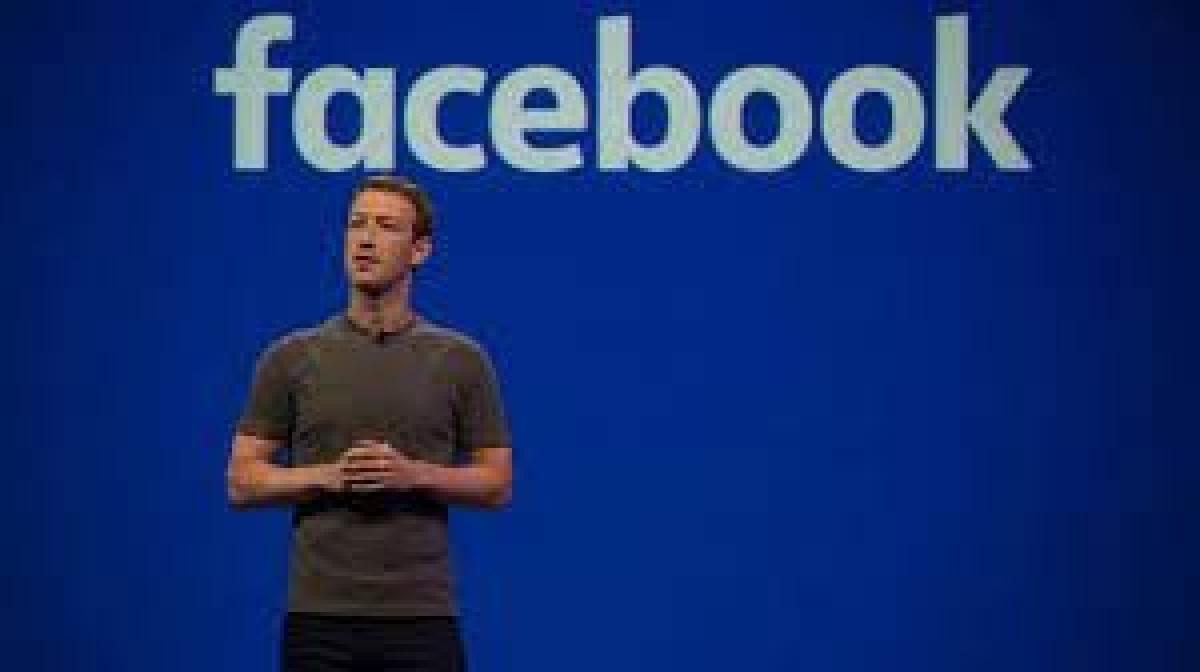 """7 مليارات دولار خسائر """"زوكربيرغ"""" بعد تعطل تطبيقات فيسبوك 11:42 مساءً4 أكتوبر, 2021"""