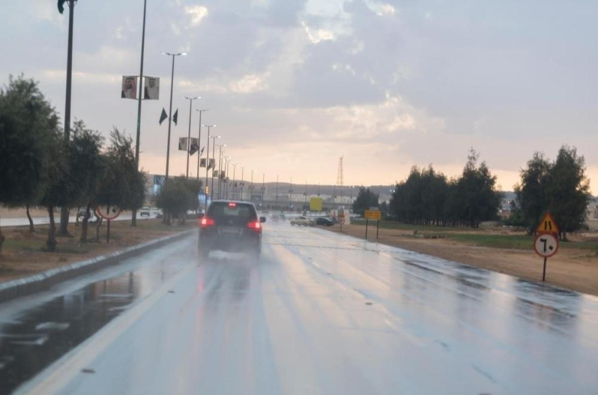 طقس المملكة اليوم.. ارتفاع الموج وهطول أمطار رعدية على هذه المناطق أبرز المواد