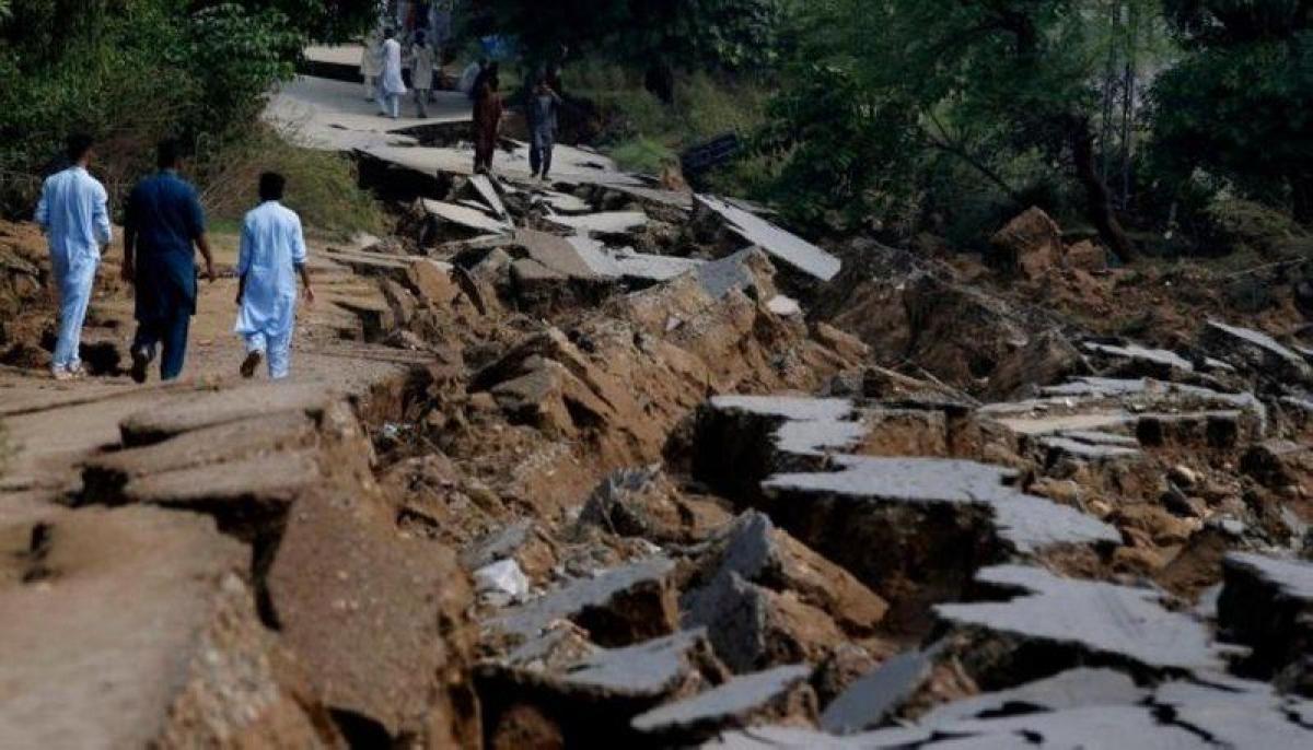 باكستان.. مصرع 20 شخصًا وإصابة 200 آخرين جراء زلزال ضرب إقليم بلو