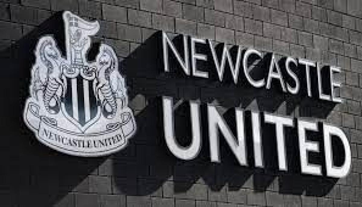 """أشهر مشجعي """"نيوكاسل"""" : جماهير النادي متحمسة للإدارة الجديدة الرياضة"""
