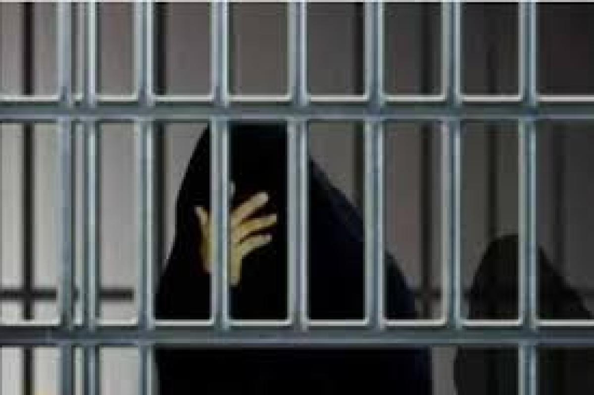 """احتجزتها عائلتها 9 سنوات في """"زنزانة"""".. محكمة كويتية تنهي معاناة سيدة رفضت العيش مع زوجها أبرز المواد"""