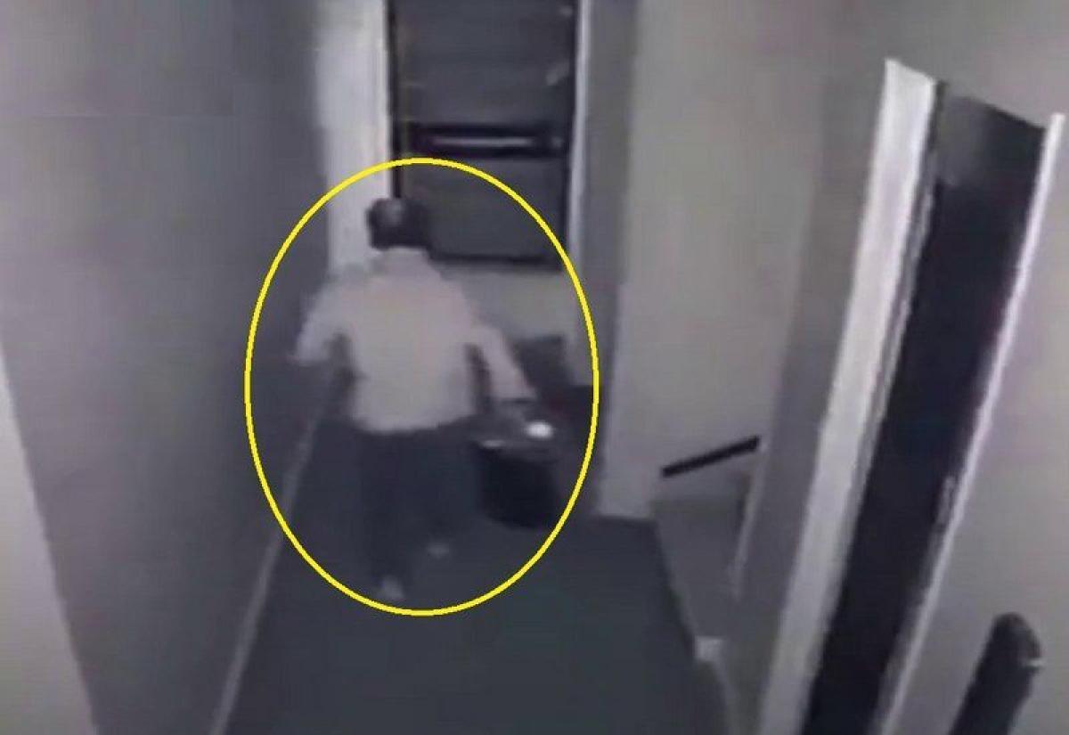 فيديو مرعب.. فتح باب المصعد بالطابق الـ12 ثم وقعت الكارثة