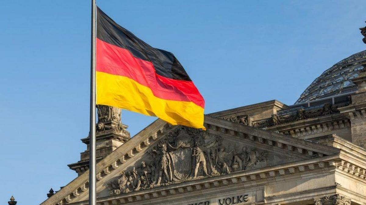 خلال 24 ساعة.. ألمانيا تسجّل 10429 إصابة جديدة بكورونا و86 حالة و