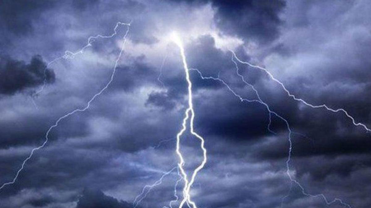 """""""الأرصاد"""": توقعات بهطول أمطار رعدية ورياح وتدنٍ بالرؤية على الباح"""