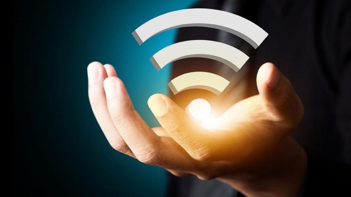 ضع الجهاز في مكان مركزي.. نصائح هامة من «هيئة الاتصالات» لاستخدام «الواي فاي» بطريقة صحيحة منوعات